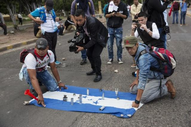 Varios heridos en protesta opositora que intentó llegar bodega electoral en Honduras