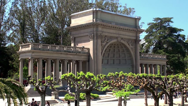 The Music Concourse no Golden Gate Park em San Francisco