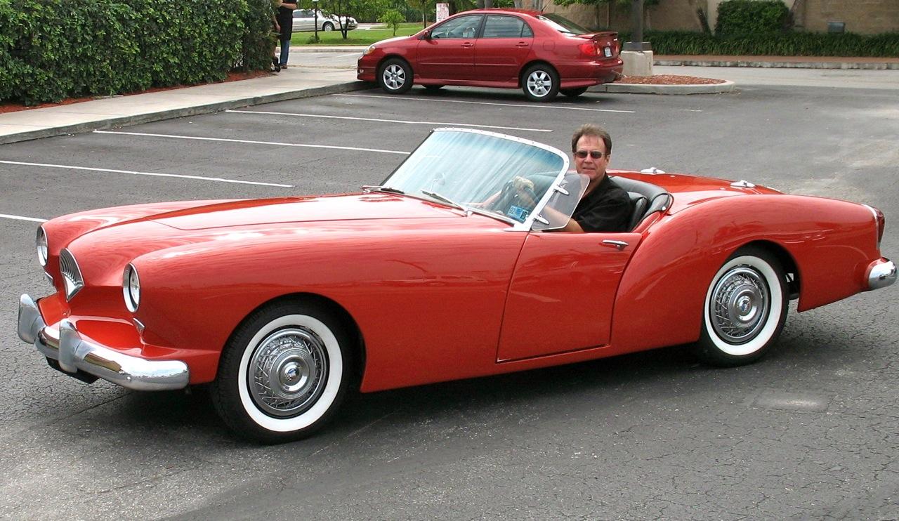 kaiser darrin americas  sports car