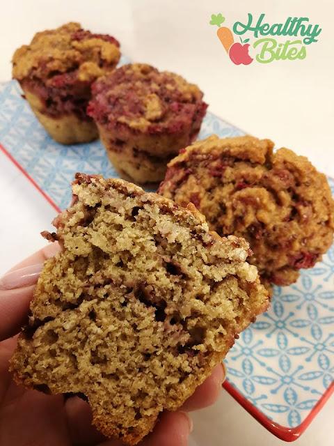 Muffins de Aveia e Compota de Morango Paleo