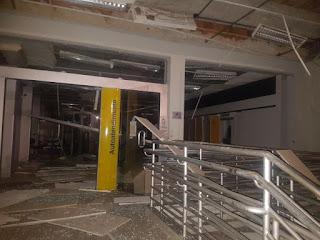 Madrugada explosiva: Bandidos invadem cidade de Remigio e destroem caixas eletrônicos