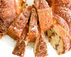 Migdolų pyragas su razinomis