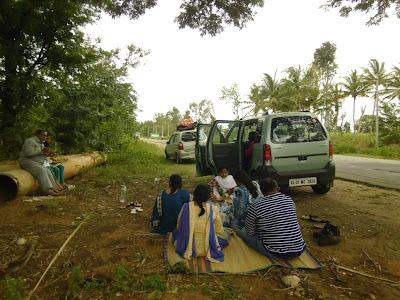 old banyan tree, Mandya District, Shivanasamudra, Kaveri, Cauvery, Karnataka, Old Mysore, Mysore state