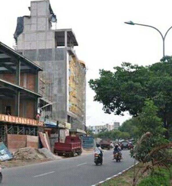 Alasan Amat Tantoso : Bangunan Hotel Memakan Row Jalan Mohon Tidak Dibongkar
