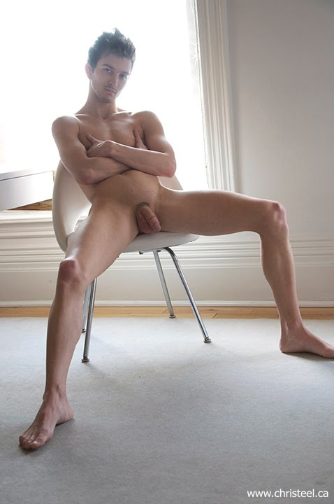 male Naked canadian