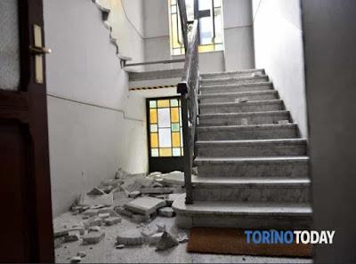 http://www.torinotoday.it/foto/cronaca/via-ormea-crollo-scale-palazzo/