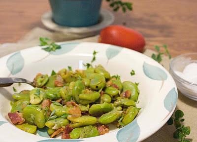 Braised Fava Beans with Pancetta (Stufato di Fave, Stufato di Baccelli)