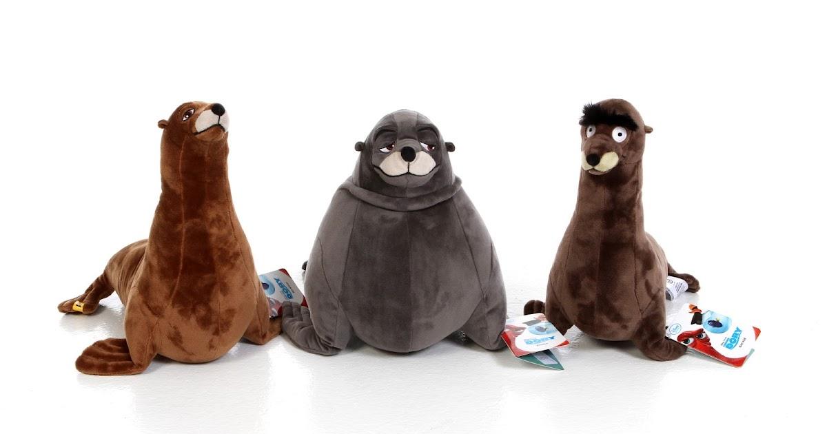 Dan The Pixar Fan Finding Dory Disney Store Sea Lion