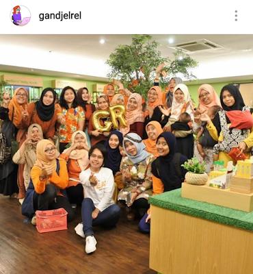 Parade 4Th Gandjel Rel