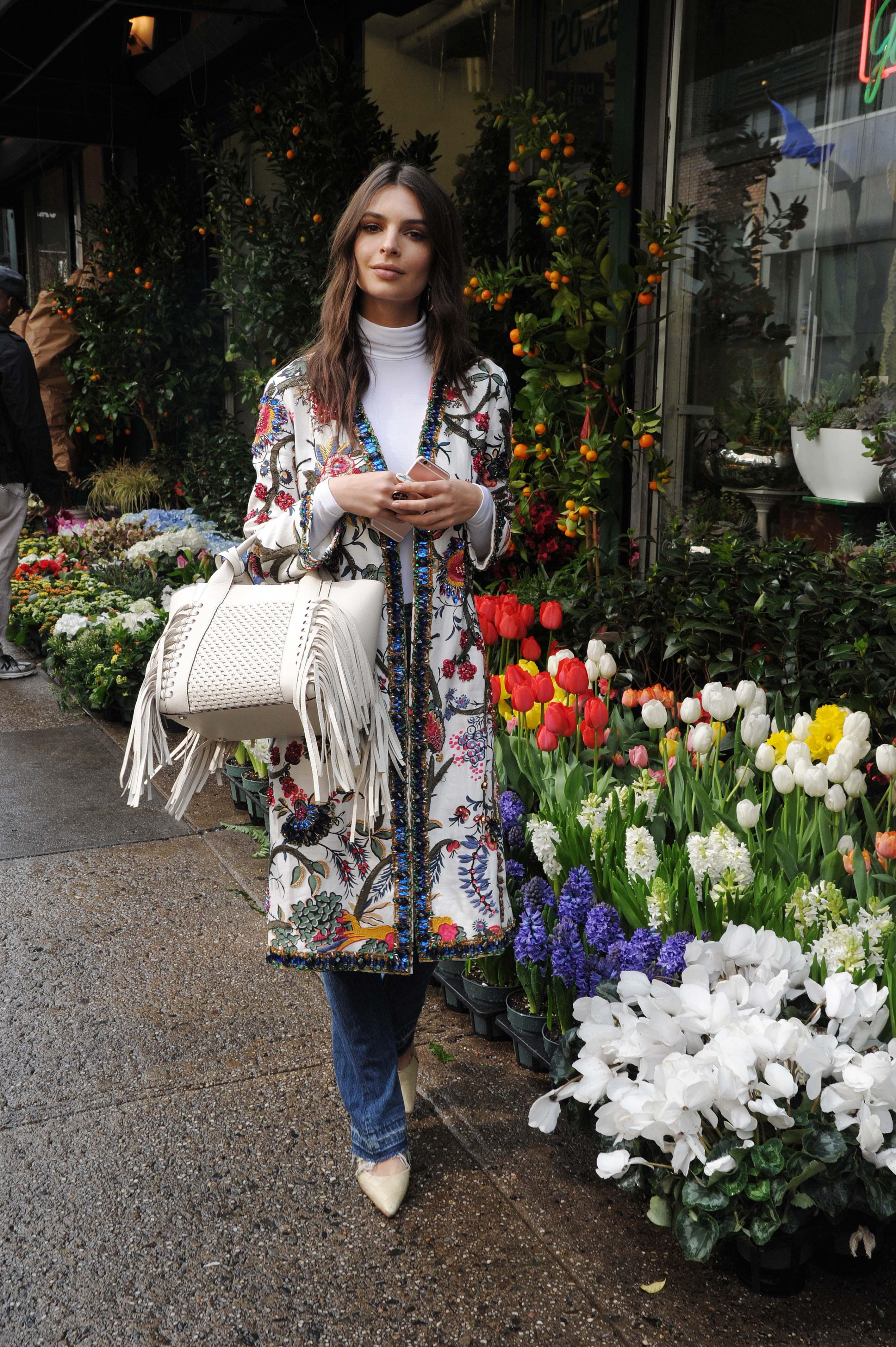 Emily Ratajkowski out at flowers shop