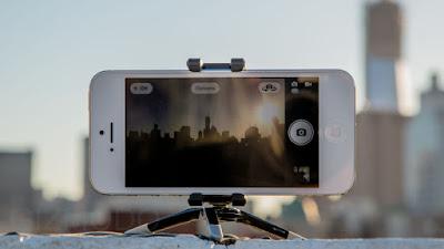 تحميل برنامج Night Shot Camera  لتحسين جودة التصوير الليلي للايفون والايباد