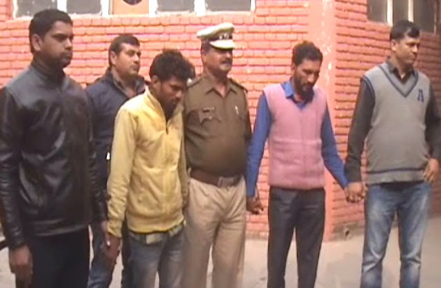 Faridabad police bribery of vehicle thieves gang, 43 vehicles recovered