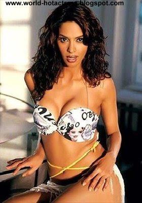 world hot and sexy actress mallika sherawat hot and sexy