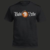 Camiseta de Rude Pride Negra Logotipo