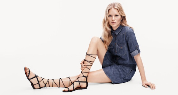 knee-high-laced-gladiator-sandals