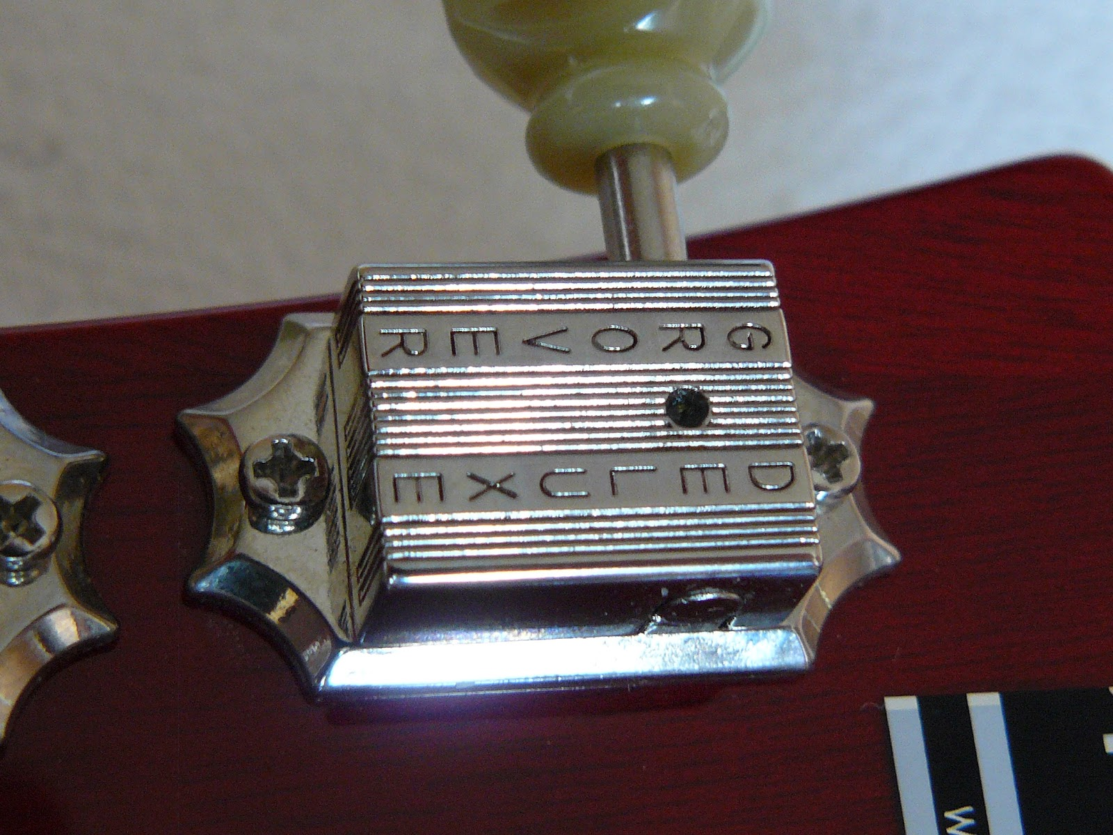Epiphone ES-339 Grover tuners