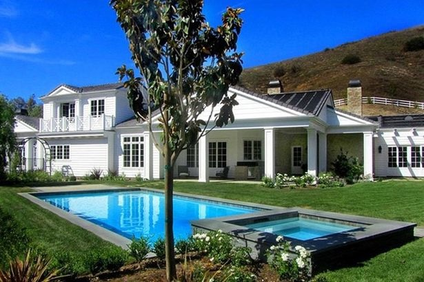 Photos: Inside Kylie Jenner's New $6Million Mansion In California