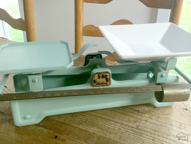 A Refurbished Vintage Scale www.homeroad.net