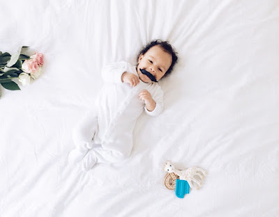 www.whiitelist.com Fred & Frends Moustache teether