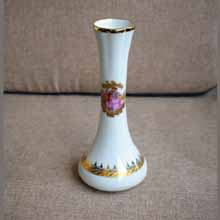 White Ceramic Decorative Bud Vase in Port Harcourt, Nigeria