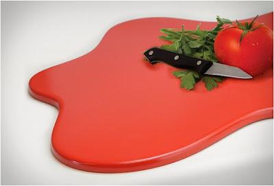 Ingeniosa tabla para cortar en la cocina.