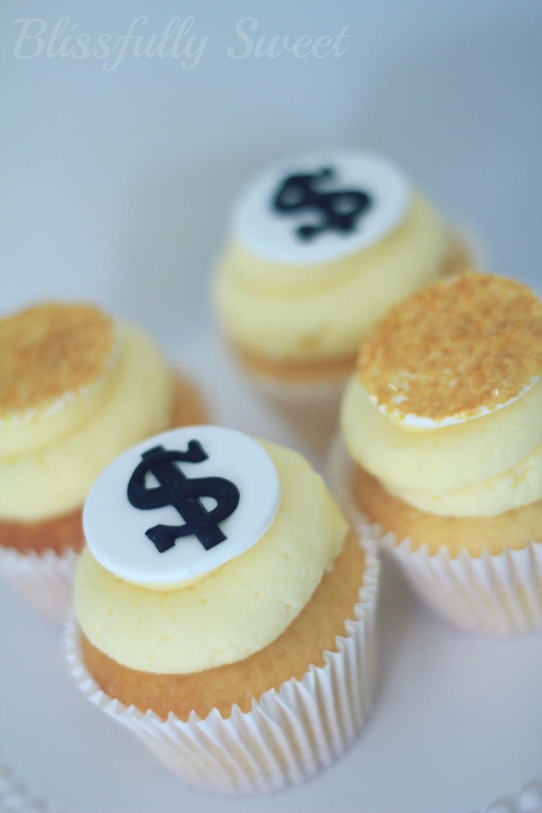 Blissfully Sweet Money Money Money Themed Cakes Amp Treats