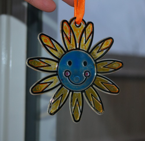 Happy Face Flower Suncatcher Decorations review