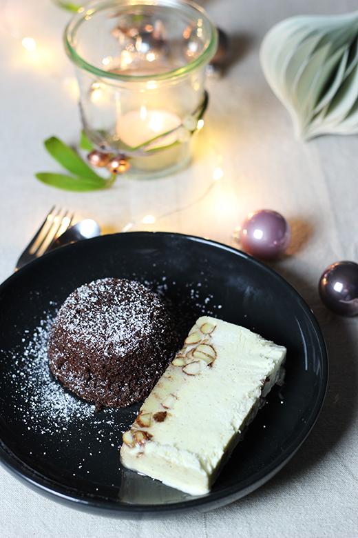 Vegetarisches Weihnachtsmenü, Dessert: Maronenküchlein mit Gebrannte-Mandel-Parfait, Holunderweg18