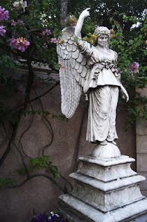 ángel, ángeles, arcángel, arcángeles, espiritual, tiradas, tiradas de ángeles, tarot sin gabinete, tarotistas sin gabinete, tarot y videncia sin gabinete,