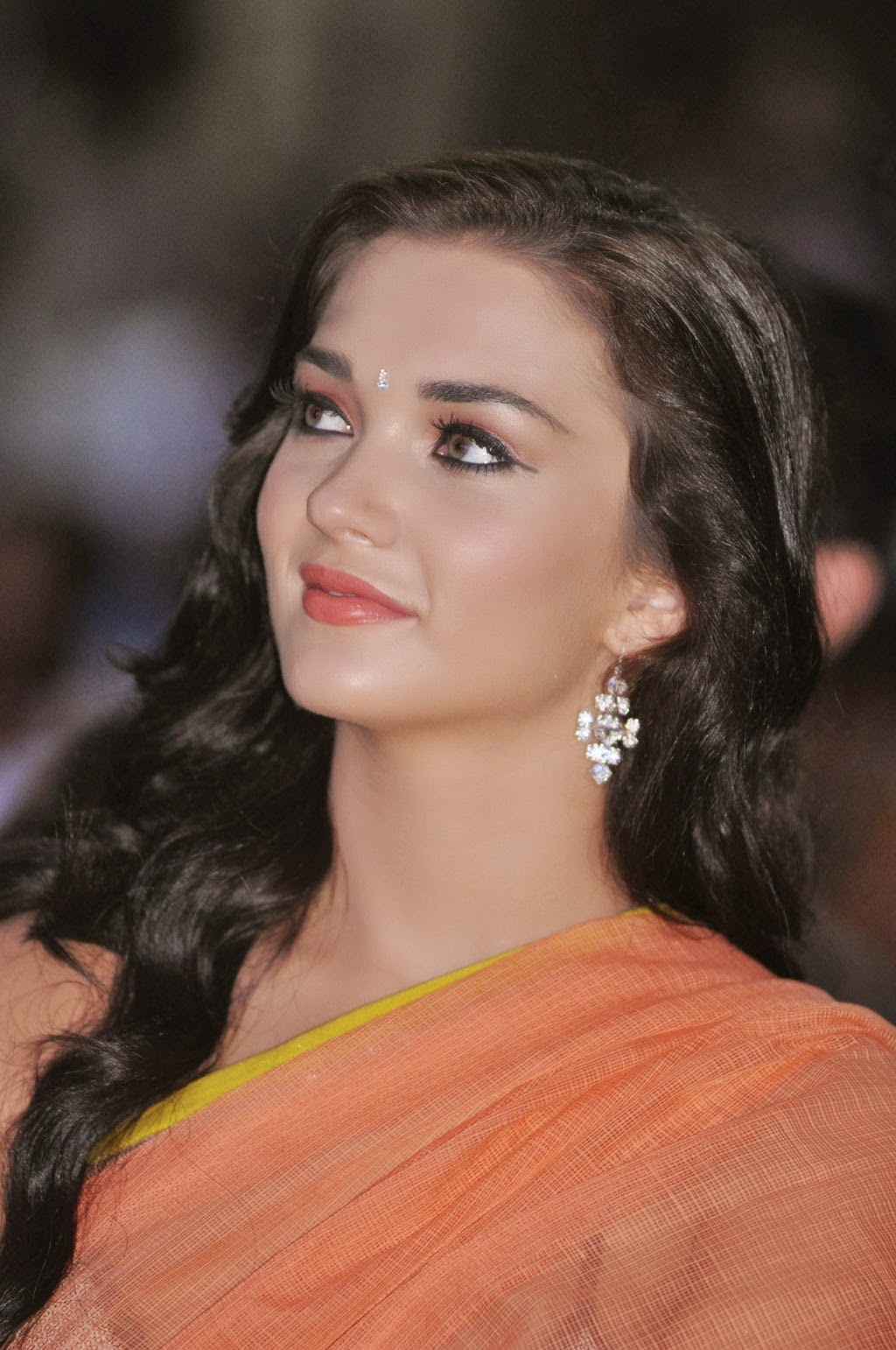 Amy Jackson Miss Teen World 2009: Amy Jackson Hot HD Wallpapers In Saree