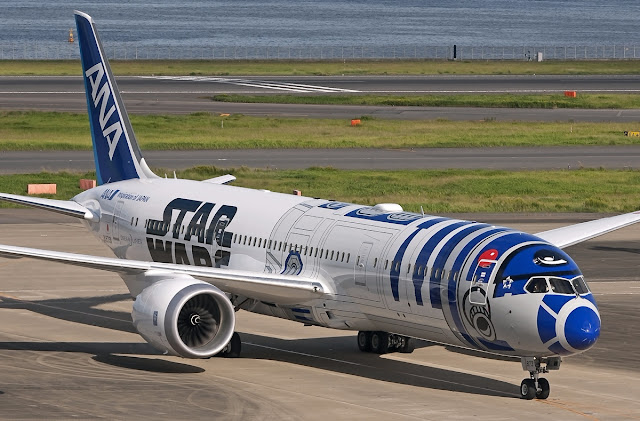ANA Japan Boeing 787-9 R2-D2 Star Wars