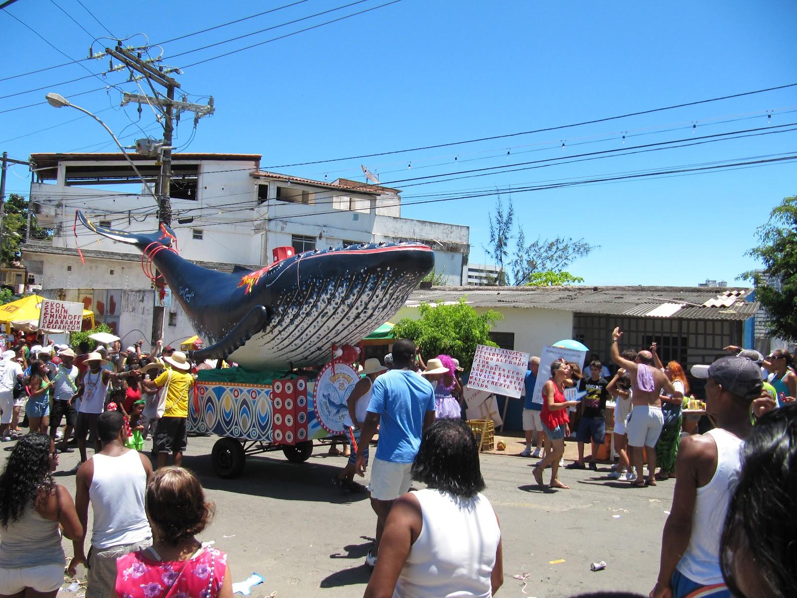 Irreverência e alegria da Mudança do Garcia Blog do Rio Vermelho  #0870C3 1600x1200 Atenção Banheiro Interditado