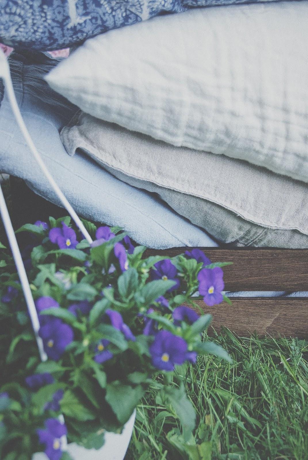 kesäiset tyynynpäälliset