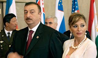 Ильхам Алиев - новый-старый президент Азербайджана