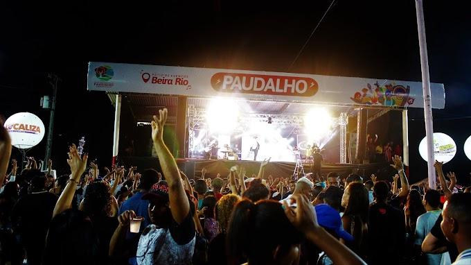 1º noite de shows da Festa de São Sebastião, no Pátio de Eventos Beira-Rio, reúne milhares de paudalhenses