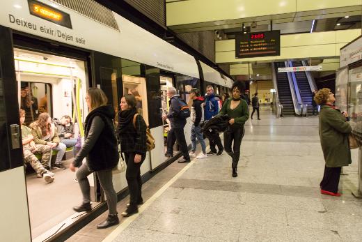 FGV incorporará a 101 nuevas personas para reforzar la plantilla ante el nuevo servicio nocturno y la Ley de Seguridad Ferroviaria