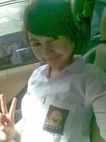 Winny Putri Lubis Very Cute Indonesia Young Teen Girl 2014