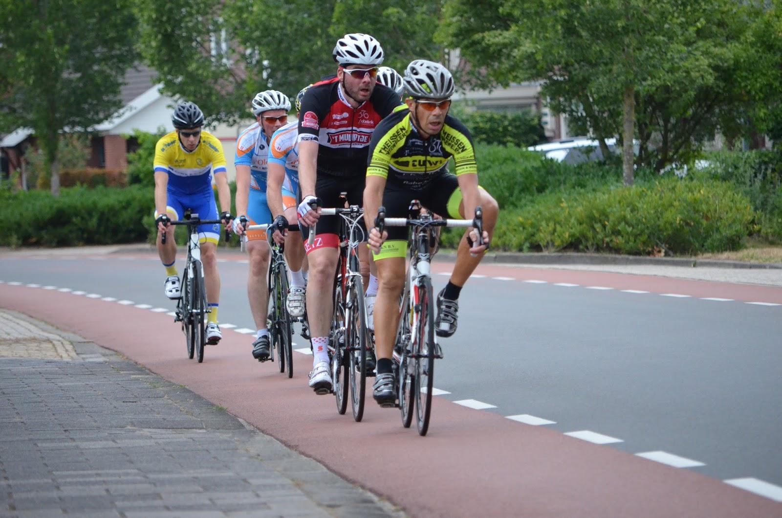 No ties management models deimante guobyte - Tijns Weblog Foto S Uitslagen Van De Ronde Van