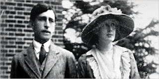 Virginia and Leonard in 1912 during their engagement