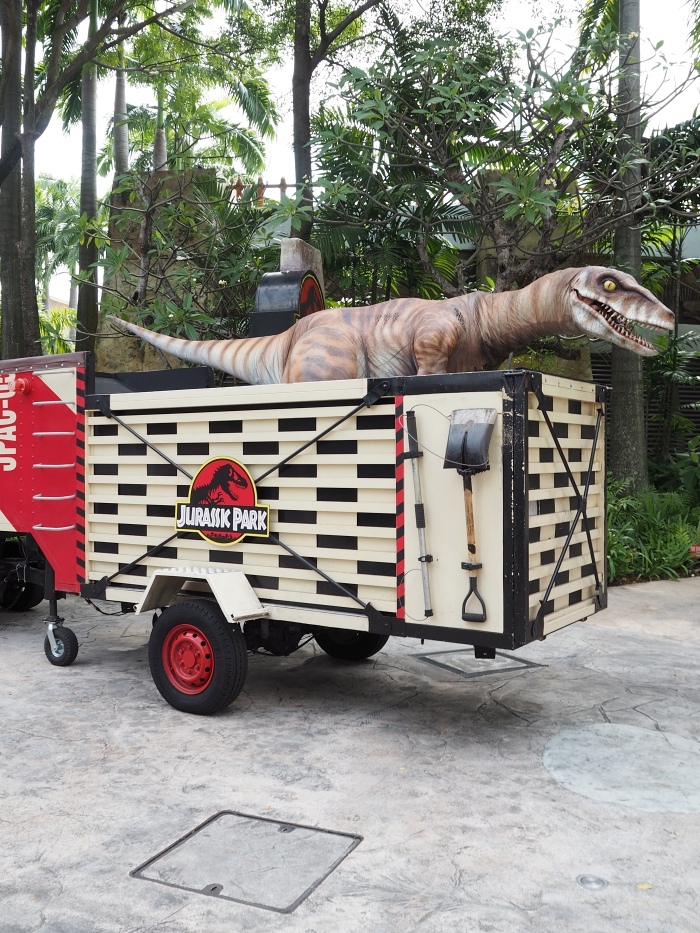 Universal Studios Singapore - Jurassic Park   joanne-khoo.com