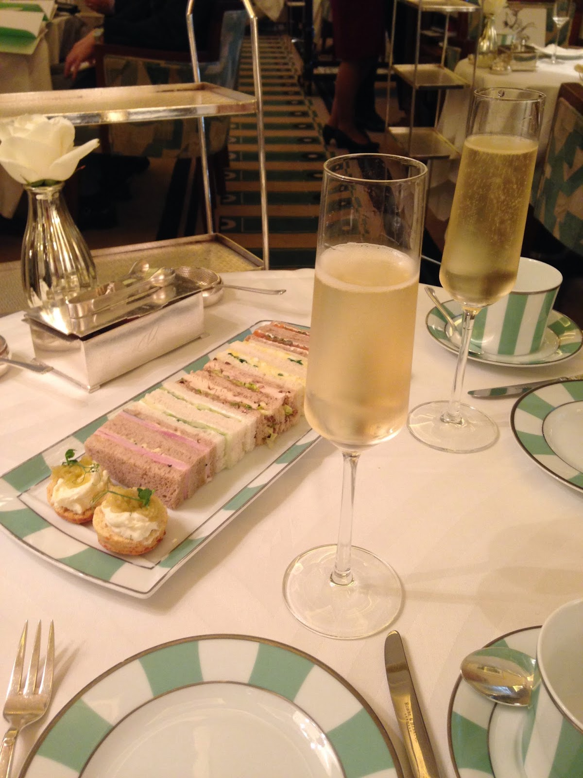 Afternoon Tea at Claridge's champagne