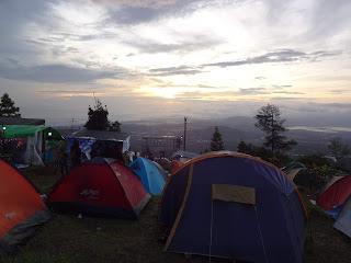 Camping di Camp Mawar Ungaran
