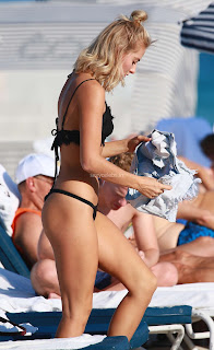 Selena-Weber-in-Black-Bikini--09+sexycelebs.in.jpg