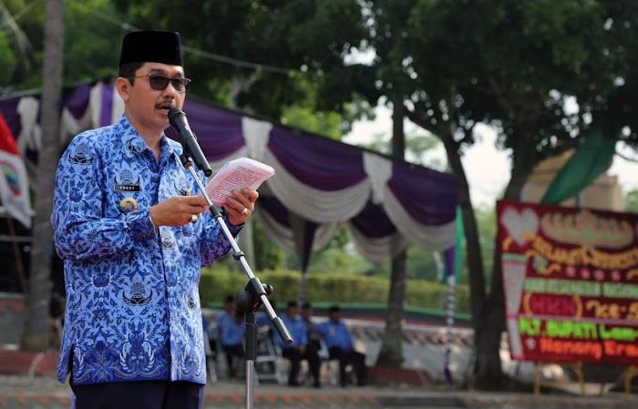Sekreataris Daerah, Fredy Pimpin Upacara Peringatan HUT Korpri Ke-47 Di Lap Korpri Pemkab Lamsel.