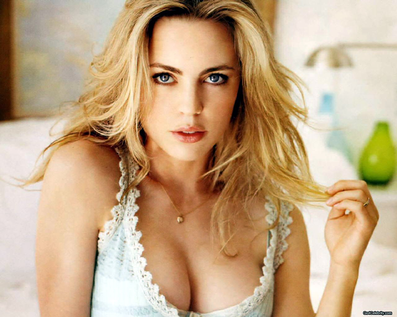 Pictures And Wallpapers Of Celebs Melissa George