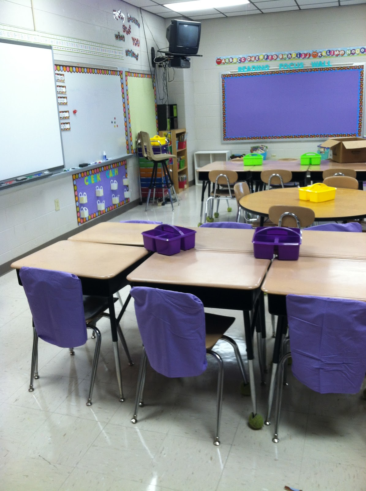 Classroom Organizer Chair Covers Men S Valet Uk Southern Sweetie In Second Decorating And Whole Brain I Made These Seat For My Chairs Them With The Left Over Fabric From Boards Color Coordinated Table Top Organizers