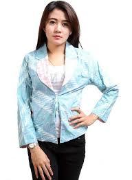 Model Busana Batik Wanita Modern Terbaru