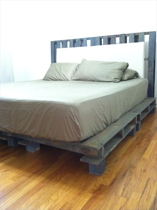 34 DIY Ideas: Best Use of Cheap Pallet Bed Frame Wood ...