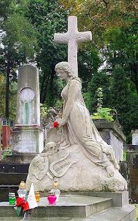 Grób Artura Grottgera we Lwowie na Cmentarzu Łyczakowskim