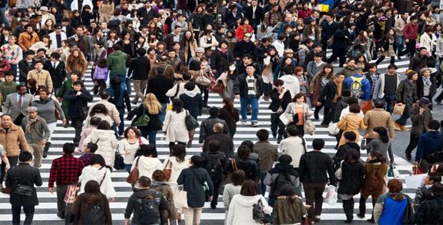 Pengendalian Sosial Menurut Jumlah yang Tertibat